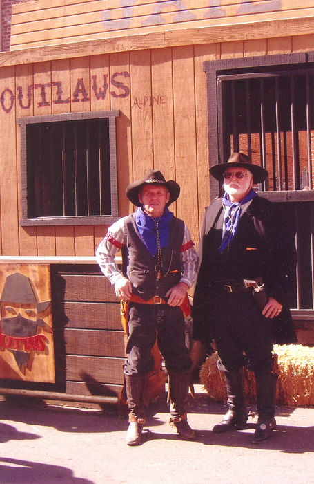 Outlaws On Gaurd