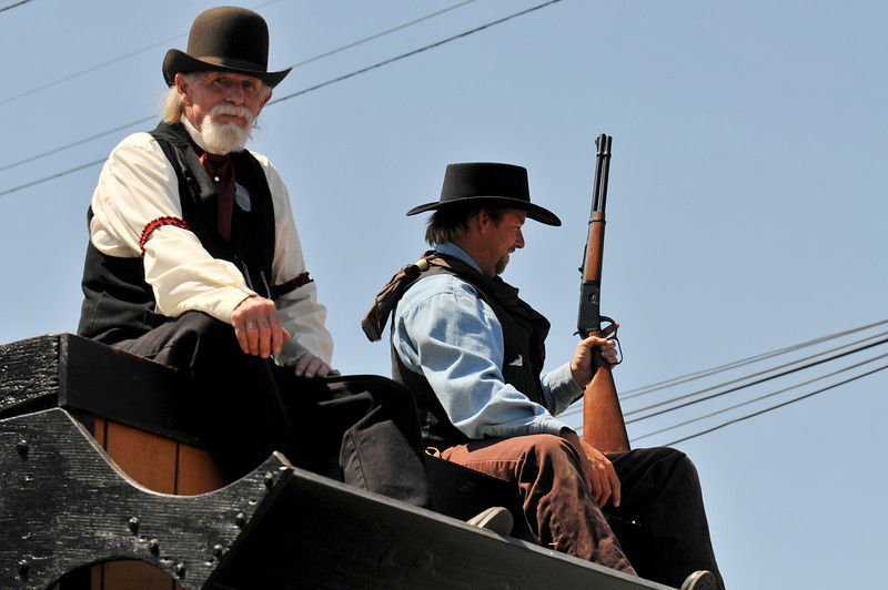 Outlaw Jail-Rusty Gun/Black Jack