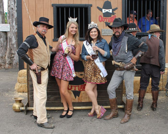 OUTLAWS and QUEENS